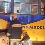 Ein Toter und viele Verletzte bei Busunfall