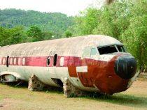 Das Flugzeug von Stroessner ruht in den Bergen von Pirayú
