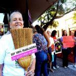 Gesetz für die Regelung der Hausangestellten etabliert sich