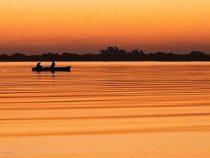 Gesichter des Flusses: Mit dem Boot den Klimawandel einfangen