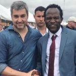 Afrikanischer Kleiderhändler wird Vertrauensmann der Abdo-Regierung