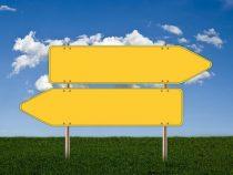 Schilder als Zeichen für ein ziviles Zusammenleben