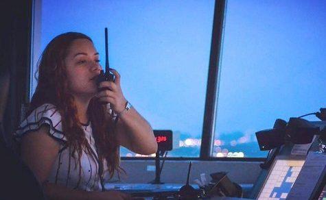 Frauen in Männerberufen: Fluglotsin Alice Arrúa