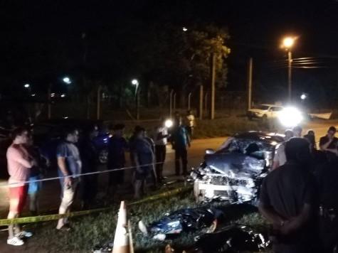 Schwerer Verkehrsunfall 2 Tote und 9 Verletzte