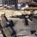 Waffenarsenal nach Hausdurchsuchung bei Deutschem gefunden