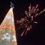 Ein Prachtexemplar von Weihnachtsbaum und von den Bürgern bezahlt