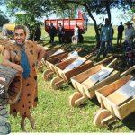 Auf dem Weg in ein neues Zeitalter: Schubkarren aus Holz