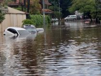 Asunción unter Wasser