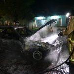 Auto brennt nach Kurzschluss vollständig aus
