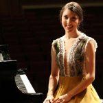 Eine Pianistin auf Welttournee