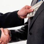 Höhere Strafen für korrupte Beamte