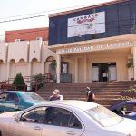 Stadtverwaltung meldet wegen Covid-19 Konkurs an
