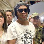 Ronaldinho: Vogelfrei und ohne Anklage