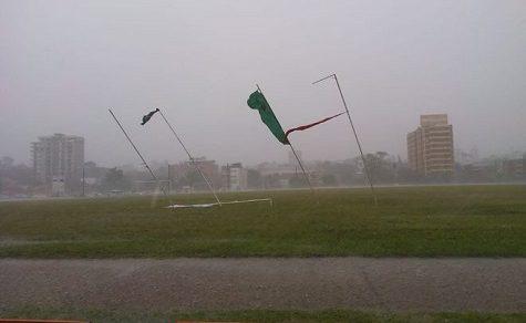 Meteorologen warnen vor Sturmfront mit Windgeschwindigkeiten von bis zu 120 km/h