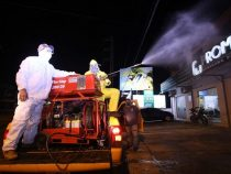 Wasch- und Bleichmittel zum Desinfizieren der Straßen und Bürgersteige