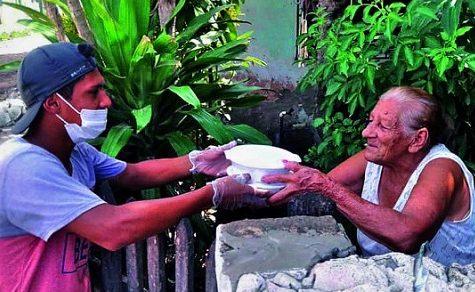 Pastoral will täglich 4.500 Teller Essen ausgeben