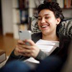 Lebensfreude trotz Corona-Krise: So hilft das Internet den Menschen