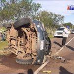 Schwerer Unfall wegen freilaufenden Schweinen auf der Straße