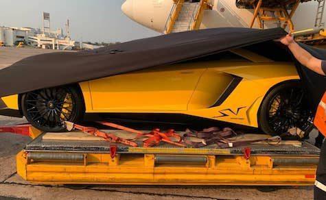 Lamborghini Aventador LP750 nach Paraguay geliefert