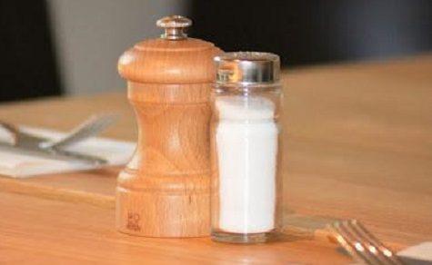 Salz auf Tischen bald verboten?