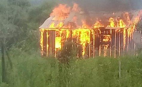Kurzschluss: Haus brennt vollständig ab