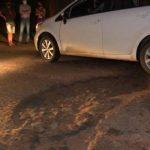 Fahrerin weicht Schlagloch aus und tötet Fußgänger