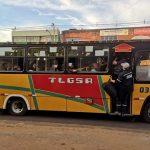 Wenig und überfüllte Busse