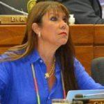 Abgeordnete erhält Impfung und strandet dann in Panama