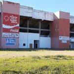 Ein Fußballstadion ohne Spielfeld