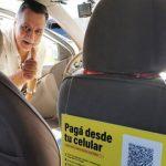 Taxifahrer akzeptieren Zahlungen mit QR-Technologie