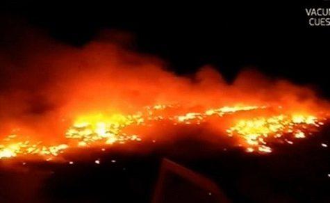 100.000 Reifen verbrannt: 2 Männer festgenommen