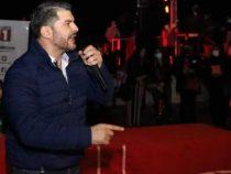"""Cartes-Kandidat """"Nenecho"""" zeigt offen seine Ausländerfeindlichkeit"""