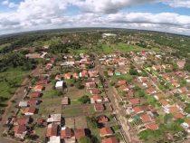 Neues Geschäft in Paraguay: Ein Haus ist 30.000 Dollar wert und bringt 25.000 Pesos im Monat. Wie bringt man das Geld hierher?
