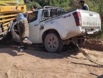 Chaco: Frontalzusammenstoß zwischen Streifenwagen und Lkw